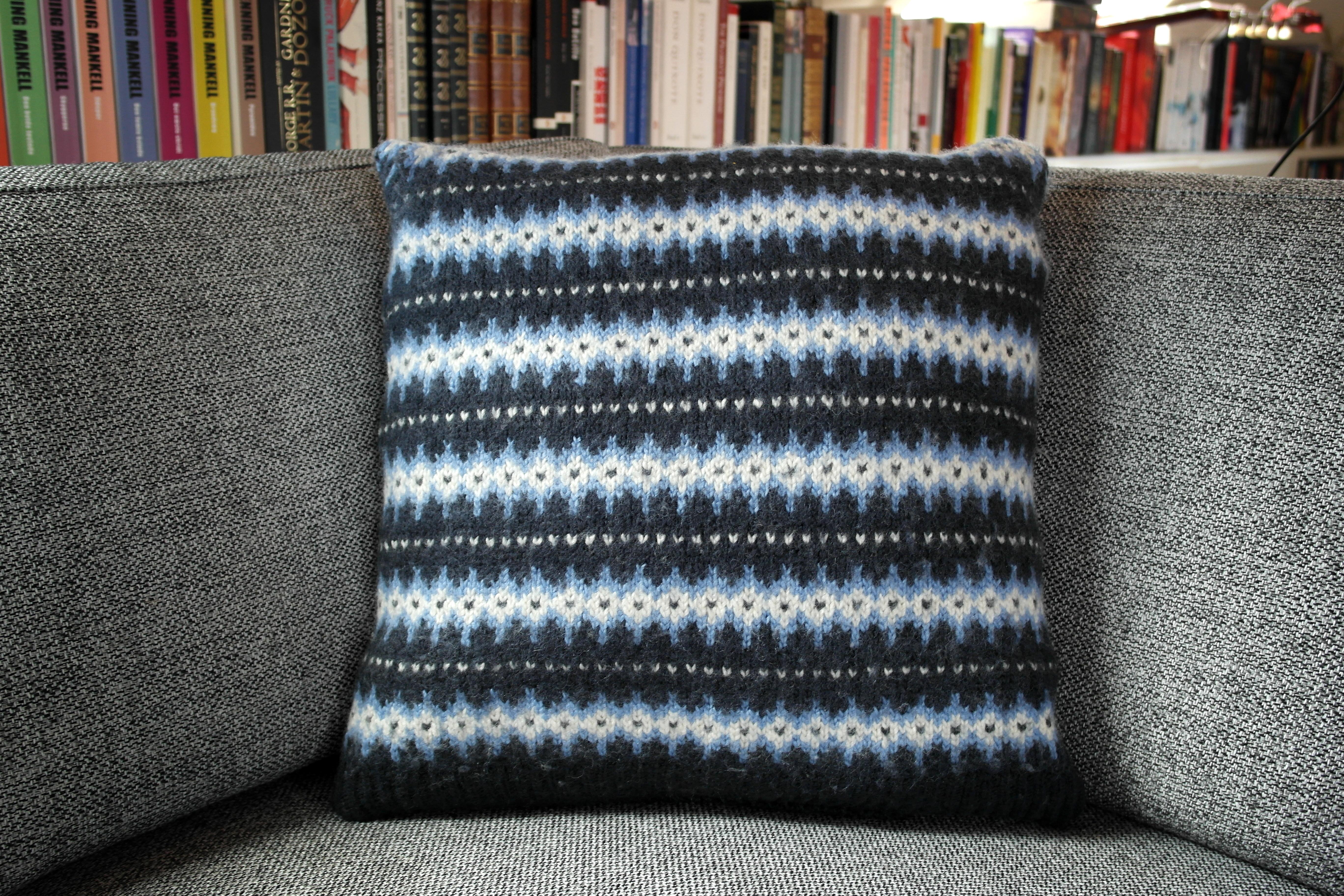 Strikzillas nye sofapuder – strikzilla