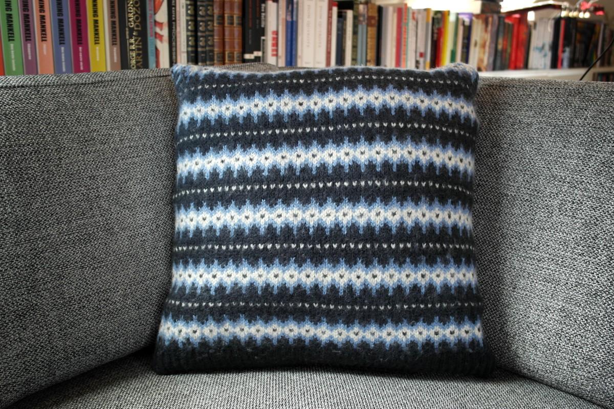 Strikzillas nye sofapuder