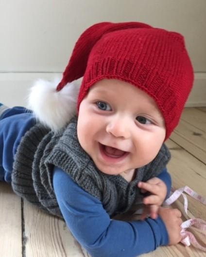 http://amagerstrik.dk/produkt/strikkekits-til-bette-babys-nissehue-til-boern-og-babyer-amagerstrik/